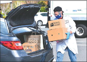 Rossmoor welcomes pantry pickup